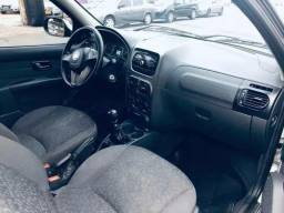 Fiat Strada 1.6 16v Trekking Cab. Dupla Flex - 2015