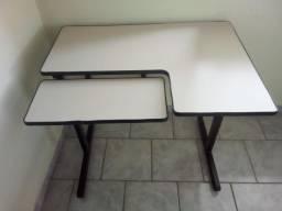 Mesa para computador - usado