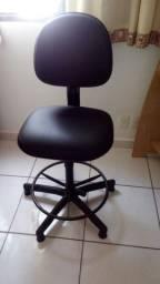 Cadeira para guarita giratória