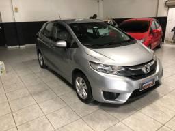 Honda fit LX 2017 Carro p/ pessoas exigentes
