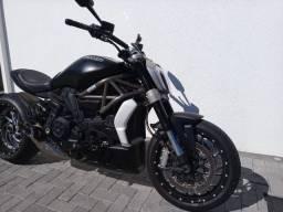 Ducati X Diavel Dark