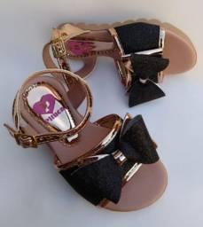 Sandália infantil Luxo