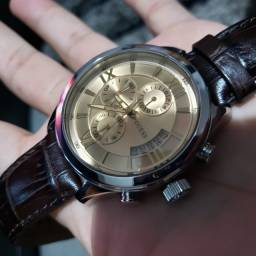 Relógio Guess Original Prata & Dourado c/ Pulseira em Couro Marrom
