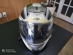 Teresópolis vendo capacete Mormaii