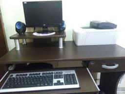 Computador + Mesinha