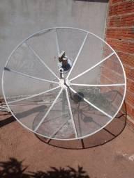 Antena parabólica e receptor digital century