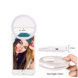 Hing Light Selfie