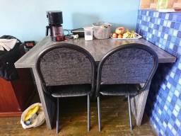 Mesa de jantar nova ...linda