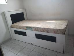 Vendo cama com gavetas + colchão Pierre Cardin