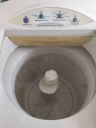 Máquina de lavar Electrolux 6kg  220v- usada
