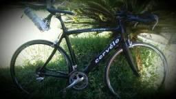 Bicicleta speed Cervêlo  ( em carbono)