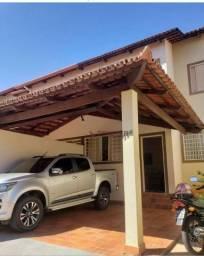 Sobrado à venda, 159 m² por R$ 650.000,00 - Jardim América - Goiânia/GO