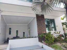 Alugo Casa no COND. Forest Hill com 4 suites, edicula com 300m²