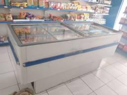 2 Freezers  ilha R$ 3.000,00