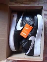 Tênis Nike novo na caixa