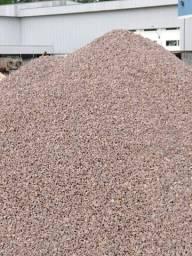 Brita seixo areia rachão cimento