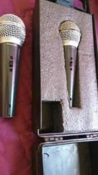 Microfone com fio funcionando perfeitamente