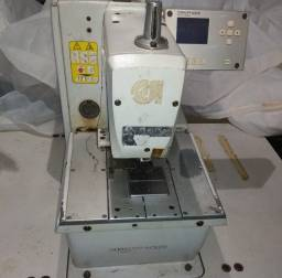 Máquina de costura caseadeira olho