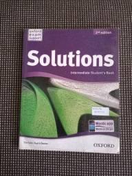 Solutions intermediate student book & wordbook novo com desconto!