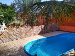 Casa com piscina, Jardim Girassol