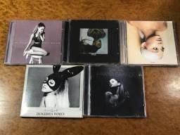 Coleção de cds ariana grande