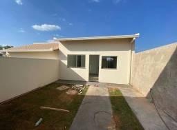 Casa 2/4 a venda na Mangabeira
