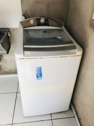 Máquina de lavar 10kg com defeito