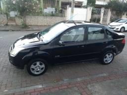 Fiesta sedan 19.000 vendo ou troco
