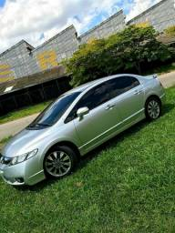 Civic LXL  2010-11 a.t