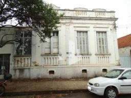 Título do anúncio: Jaú - Casa Padrão - Centro