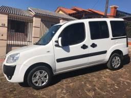 Fiat Doblo 1.8 HLX 2011 - 2011