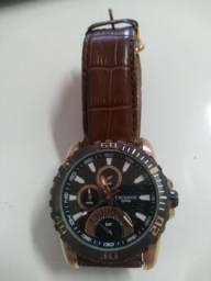 Relógio pulseira de couro