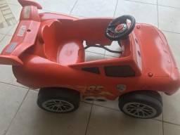 Carrinho mccqueen pedal