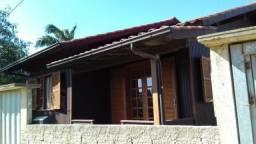 Alugo Casa para temporada em Laguna, no bairro Portinho