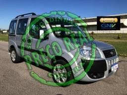 Fiat Doblo Essence 7L com GNV