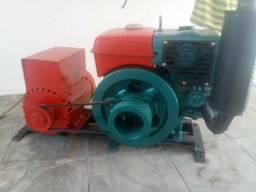 Motor yanmar NS-75 gerando 5kva