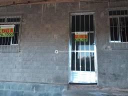 Casa com 3 quartos para alugar, 110 m² por R$ 750/mês - Parque Independência - Juiz de For