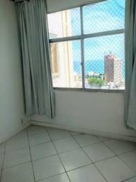 Apartamento 2/4 na barra 300.000
