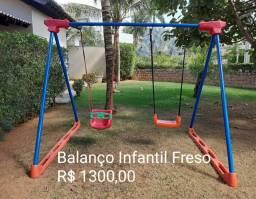 Vendo Balanço Infantil