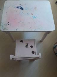 Mesa e Cadeira de madeira infantil
