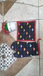Desapego: Luva de pano e pegador de tecido para cozinha 15,00