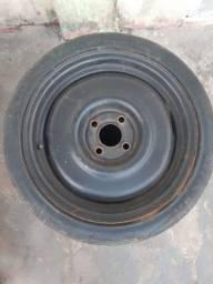 """Roda de ferro aro 15"""" com pneus grátis"""