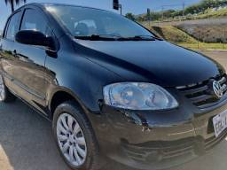 2009 - VW Fox 1.0 8v 4pts - Oportunidade Plano de Financiamento partir de 0,57%am