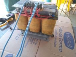 Autotransformador trifásico: 380v/220v 5KVA