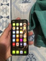 iPhone XS 64GB Gold sem marcas de uso.