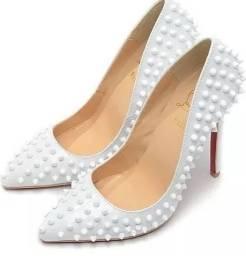 Sapato louboutin spike branco 35 36 37 38
