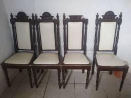 Vende-se cadeiras antigas