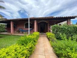 Casa linear com piscina e 03 quartos, no bairro Cidade Praiana, em Rio das Ostras