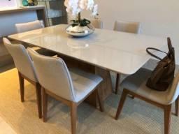 Conjunto Mesa de jantar em laca off white com cadeiras