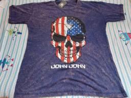 Camisas na promoção